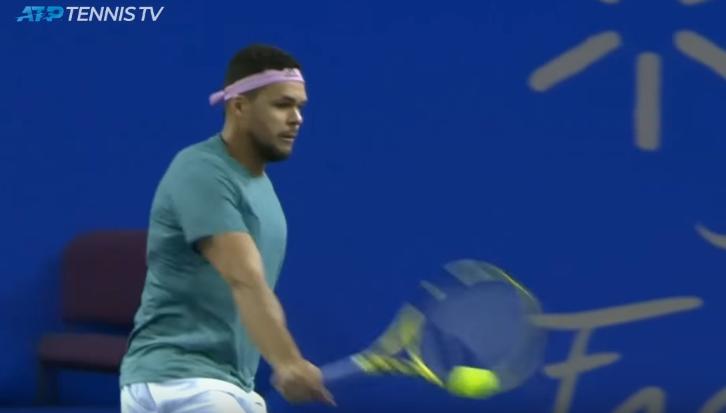 [VÍDEO] Em forma, Tsonga eliminou Simon em Montpellier… e fez isto