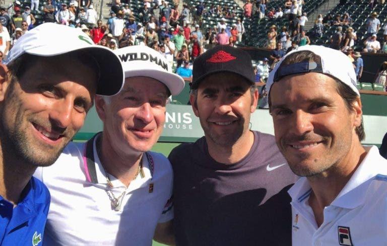 [VÍDEOS e FOTOS] Não houve Fedal mas sim um histórico jogo de pares: Djokovic jogou ao lado do ídolo Sampras