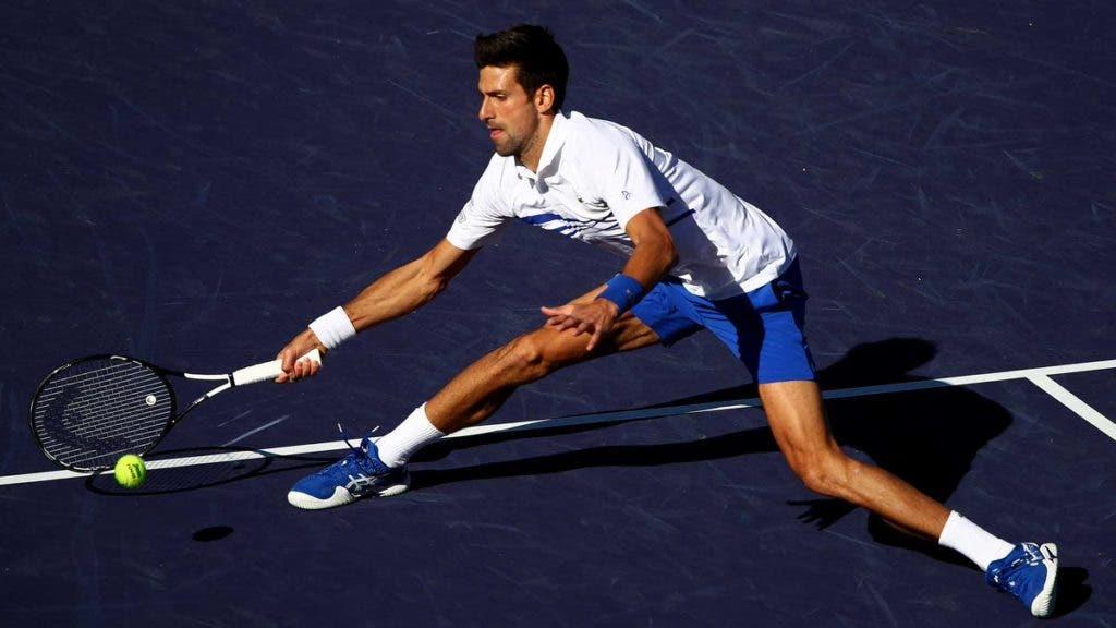 A admirável capacidade defensiva de Djokovic (à baliza)