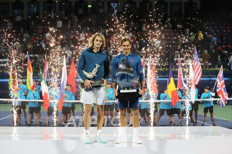 Tsitsipas sobre a derrota com Federer: «O Roger foi muito agressivo, nunca me deixou respirar»