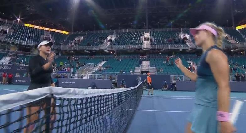 [VÍDEO] Kerber atirou-se a Andreescu à rede: «És a maior 'drama queen' de sempre»