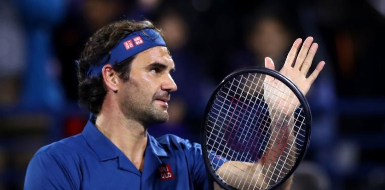 Federer faz a melhor exibição dos últimos meses para arrasar Coric e está a uma vitória do título 100