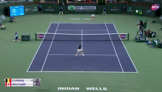 [VÍDEO] Mas o que é isto?! Flipkens faz um dos pontos do ano frente a Bouchard em Indian Wells