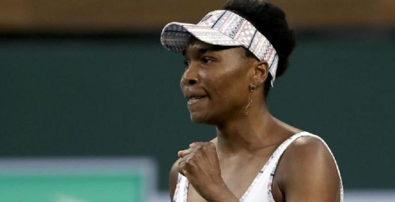 Venus Williams dá um pontapé na crise e segue para a segunda ronda em Cincinnati