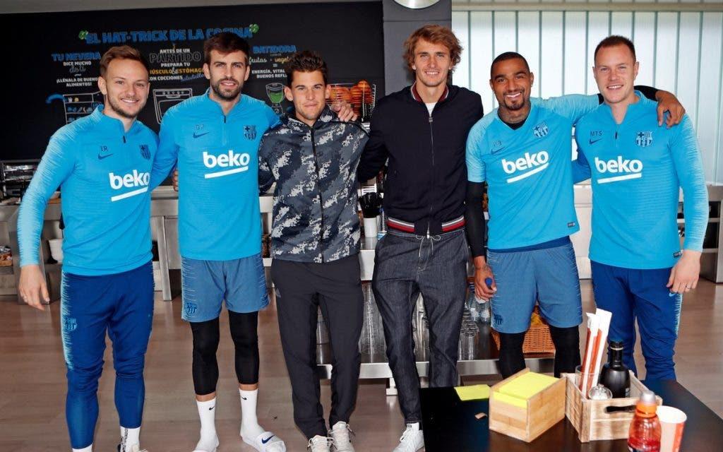 [FOTOS] Zverev e Thiem visitaram o FC Barcelona… e Piqué