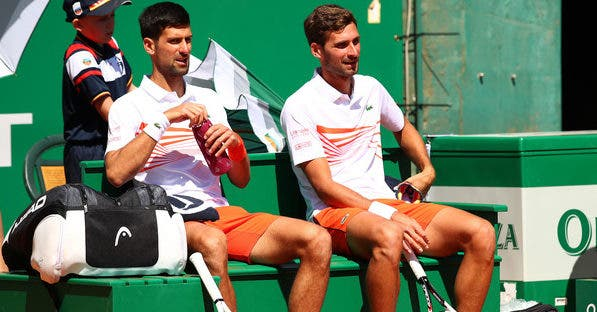 Irmãos Djokovic arrasados na primeira ronda de pares em Monte Carlo