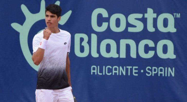 [VÍDEO] Carlos Alcaraz tem 15 anos e… joga assim