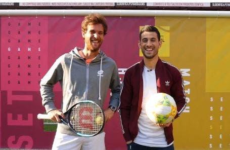 [VÍDEO] Ténis vs. Futebol. João Sousa e Pizzi aquecem no Estádio da Luz para o Millennium Estoril Open