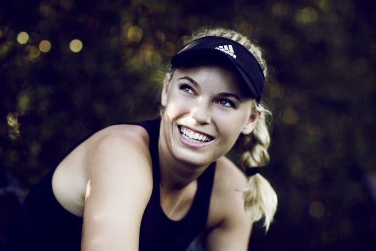 Prontas para sujar: Muguruza e Wozniacki exibem roupas para Roland Garros