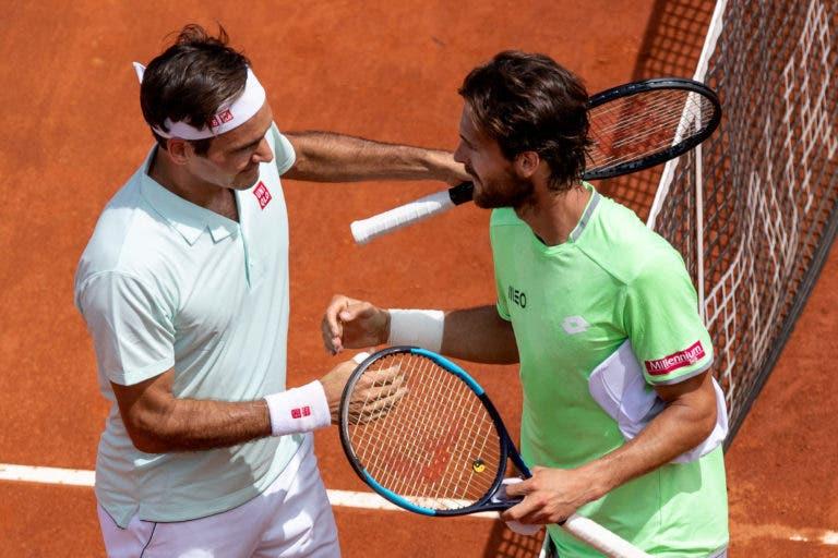 João Sousa analisa derrota com Federer: «Ele é daqueles que consegue anular as armas dos adversários»