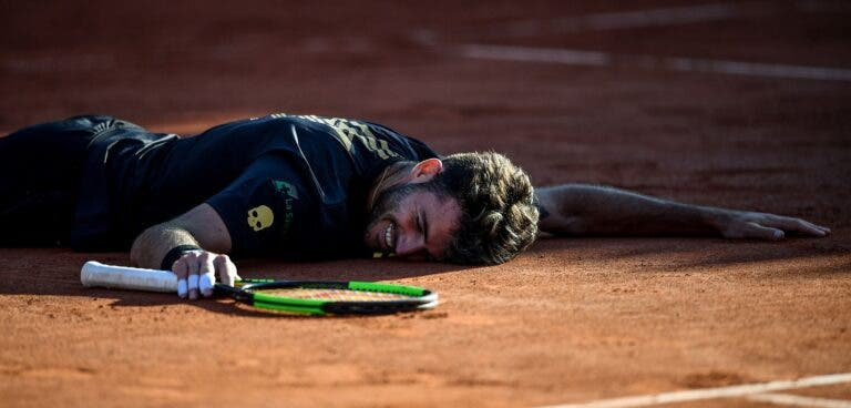 Don't cry for me… France. Gauleses Moutet e Mahut perdem batalhas com argentinos Londero e Mayer