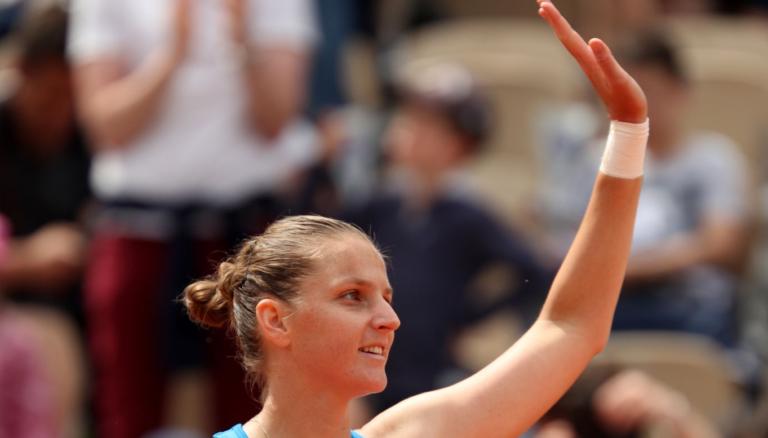 Karolina Pliskova volta a arrasar rumo à 3.ª ronda