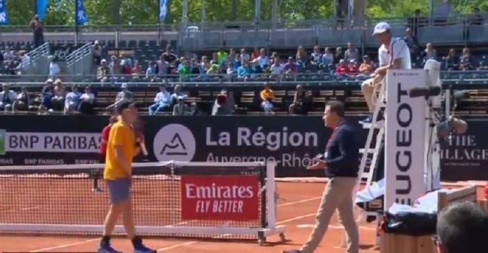 [VÍDEO] Shapovalov discordou de Carlos Ramos e… recusou-se a jogar