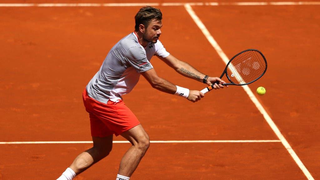 Wawrinka sofre apagão e perde de 3-0 acima no terceiro set na estreia em Genebra