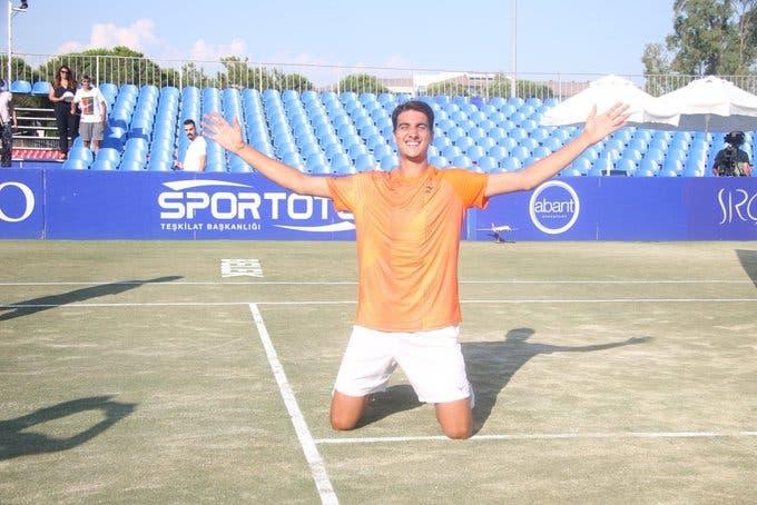 Sonego completa semana de sonho e conquista o 1.º ATP da carreira em Antalya