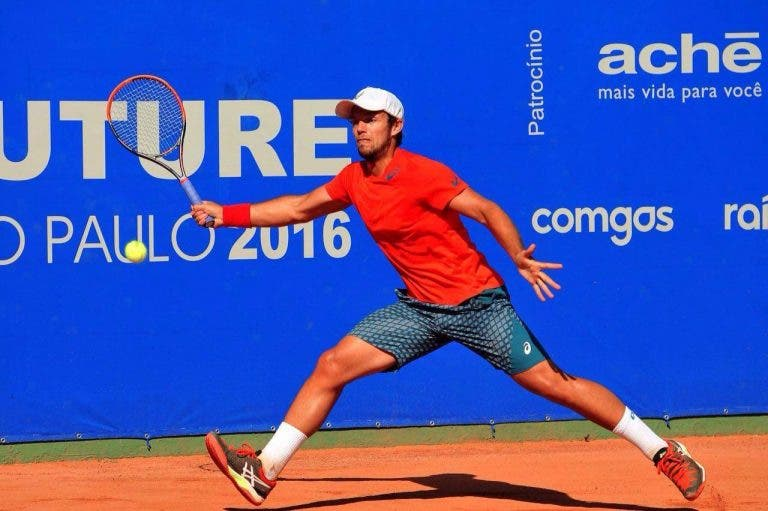 Bruno Sant'Anna fica-se pelas meias-finais em ITF alemão