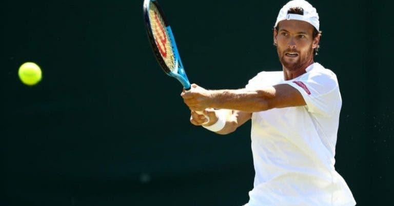 Sousa e Mayer seguem firmes para a segunda ronda de pares em Wimbledon