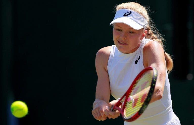 Dart continua com o conto de fadas e elimina Bia Maia rumo à 3.ª ronda de Wimbledon