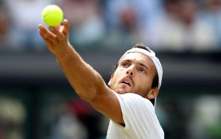João Sousa termina participação histórica em Wimbledon com derrota frente a Rafa Nadal