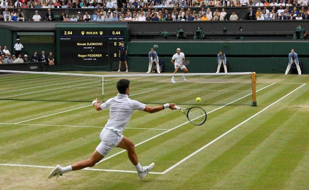 [VÍDEO] Federer e Djokovic realizaram a troca de bolas mais longa… de sempre numa final em Wimbledon