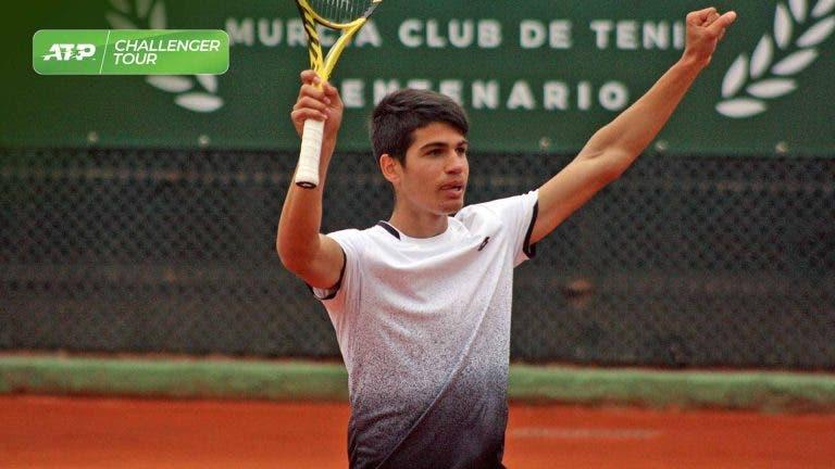 Carlos Alcaraz vence o seu primeiro título profissional aos 16 anos