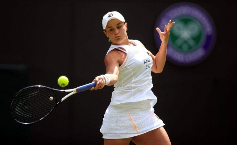 Barty e Kerber tranquilas rumo a segunda ronda em Wimbledon