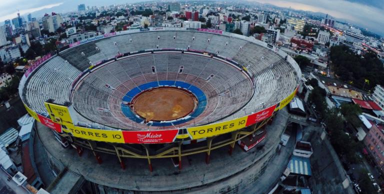 Federer jogará em novembro no México numa praça de touros com 42 mil lugares