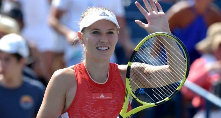 Wozniacki entra com triunfo tranquilo na estreia em Toronto; Bencic arrasa jovem de 18 anos