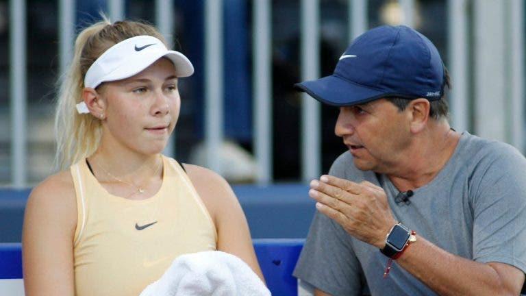 Anisimova lembra falecido pai após derrota: «Queria tanto dedicar-lhe a vitória…»