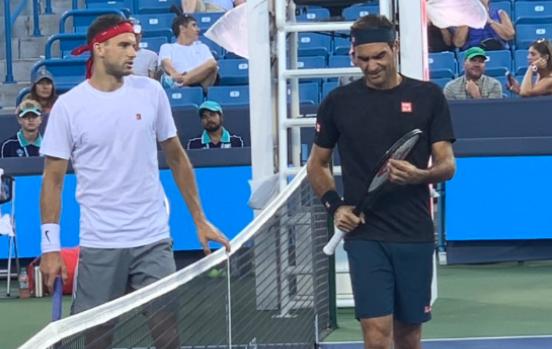 Federer já chegou a Cincinnati e treinou esta sexta-feira… com Dimitrov