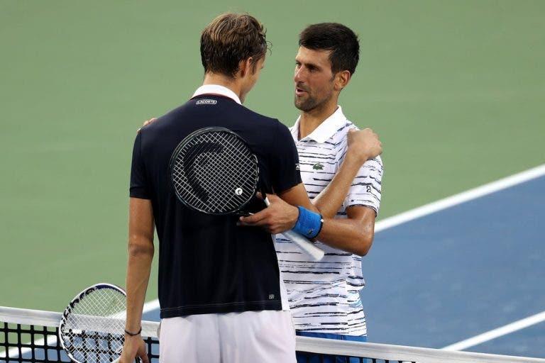 Medvedev faz aquilo que apenas Federer, Nadal e Murray conseguiram frente a Djokovic