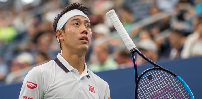 Nishikori imune à chuva rumo à terceira ronda do US Open