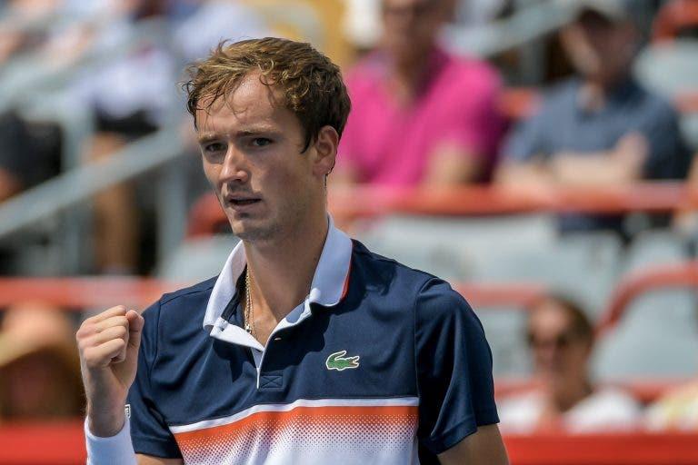 Medvedev joga muito e atinge a primeira final Masters 1000 da carreira no Canadá