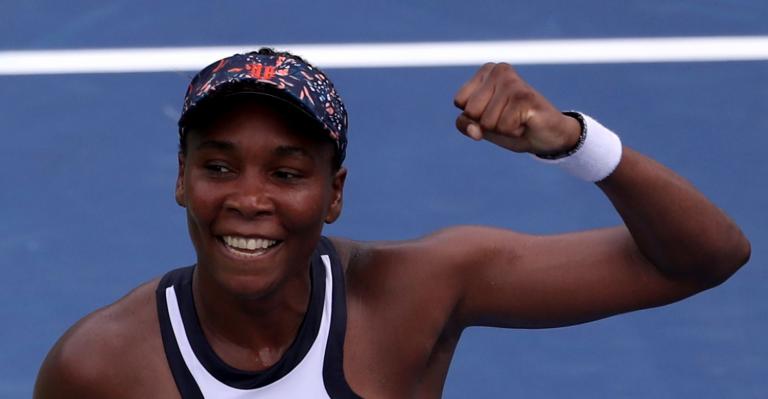 Venus Williams, 39 anos, está nos 'quartos' em Cincinnati