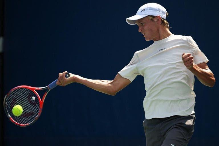 """[Vídeo] O miúdo que jogava com uma """"colher de pau"""" tornou-se campeão do US Open Junior"""