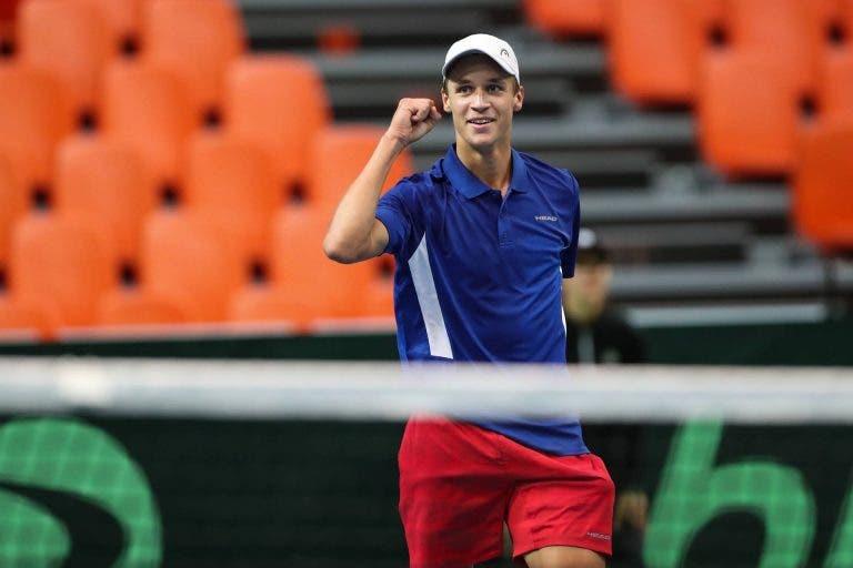 Campeão júnior do US Open (o da colher de pau) vira herói da Davis aos 18 anos