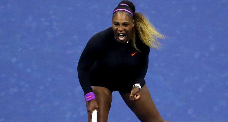 Serena Williams atropela em 44 minutos rumo às meias-finais