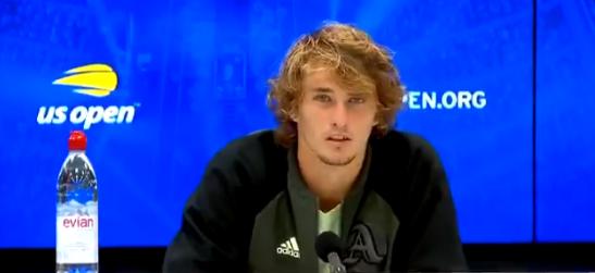 [VÍDEO] Zverev critica Tsitsipas e diz que jovens devem aprender com Federer e Nadal