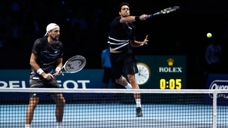 Melo joga acesso às «meias» da variante de pares das ATP Finals esta 5.ª feira