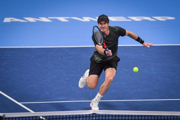 Andy Murray segue firme para os 'quartos' em Antuérpia