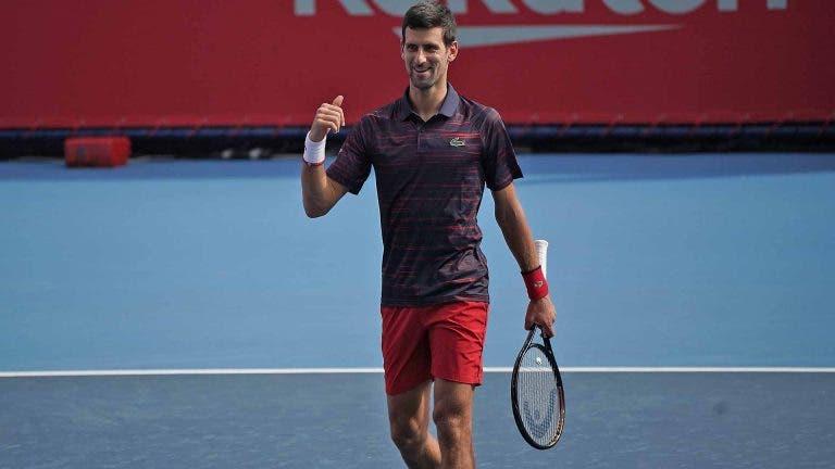 Djokovic soma sexta vitória seguida e passa por Shapovalov em Xangai