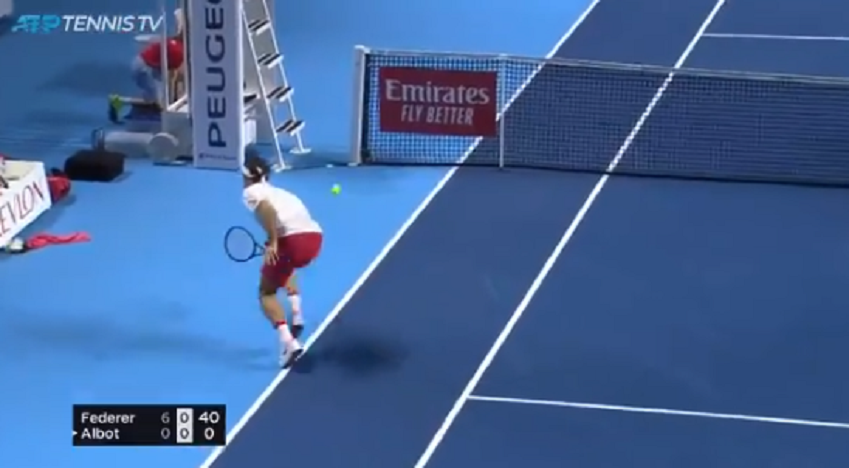 [VÍDEO] Federer brilhou em Basileia com pontos como este