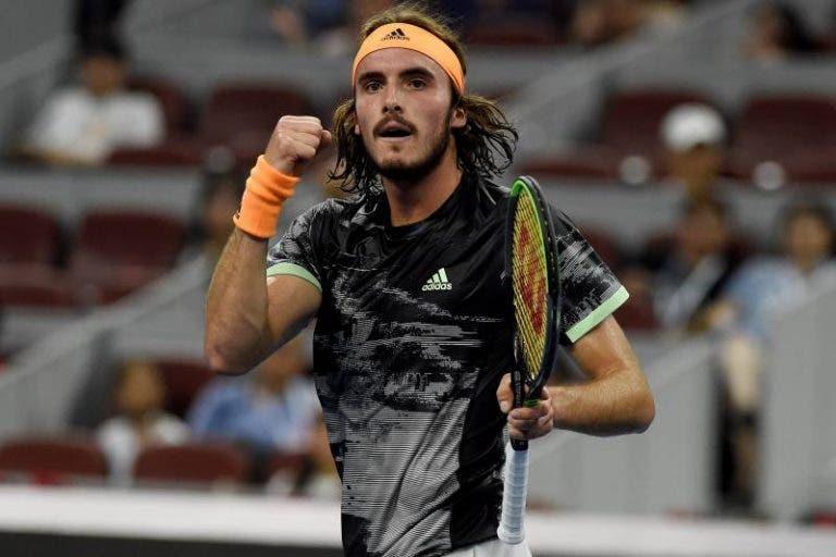 Tsitsipas: «Aprendi muito com Roger Federer na Laver Cup»
