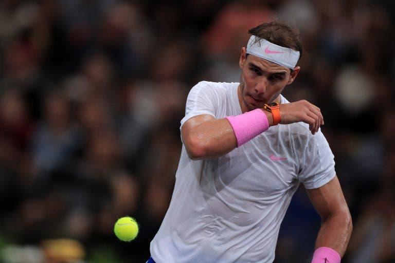 Nadal lesionou-se na zona abdominal e pode ter ATP Finals em risco