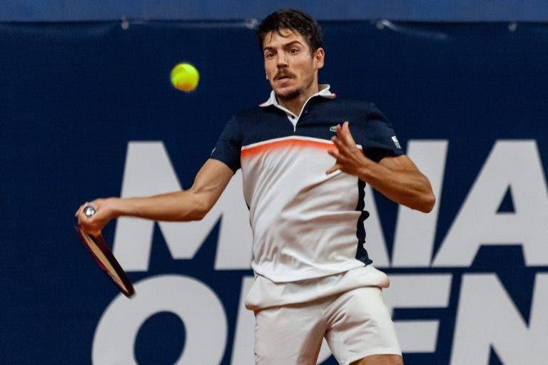 João Domingues soma e segue para os 'quartos' do Maia Open