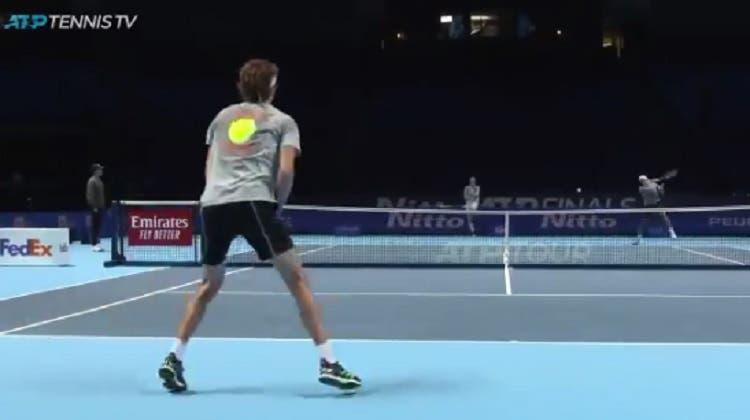 [VÍDEO] A intensidade em treino de Federer e Zverev