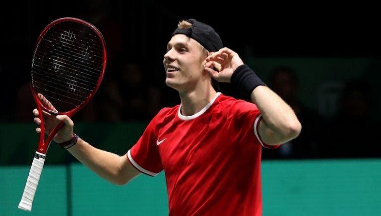 Shapovalov joga a muito bom nível, derrota Tsitsipas e Canadá vence duelo com Grécia na ATP Cup