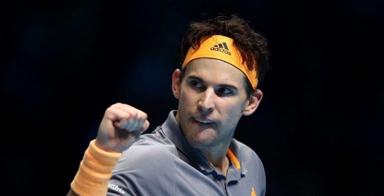 Thiem joga muito, bate Djokovic em duelo épico e está nas meias-finais