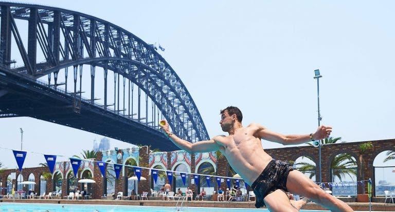 [FOTOS] Búlgaros foram à piscina e croatas à praia antes da ATP Cup