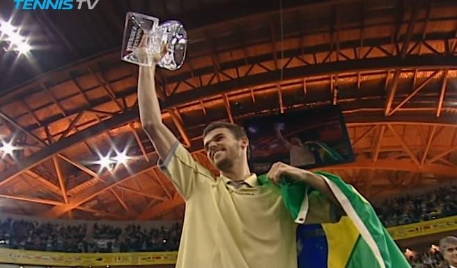 [VÍDEO] Foi há 19 anos que Guga Kuerten tocou o céu em Lisboa